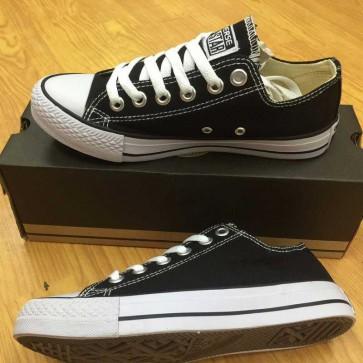 Mua Giày Converse Classic thấp cổ màu đen 002