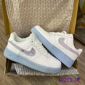 Giày nike nữ air force 1 trắng đế xanh