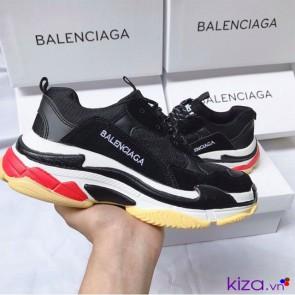 Giày Balenciaga Triple S đen