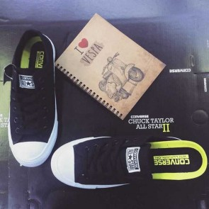 Giày converse chuck taylor 2 màu đen cổ thấp sdf