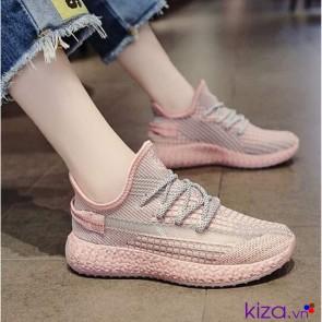 Giày sneaker nữ màu hồng