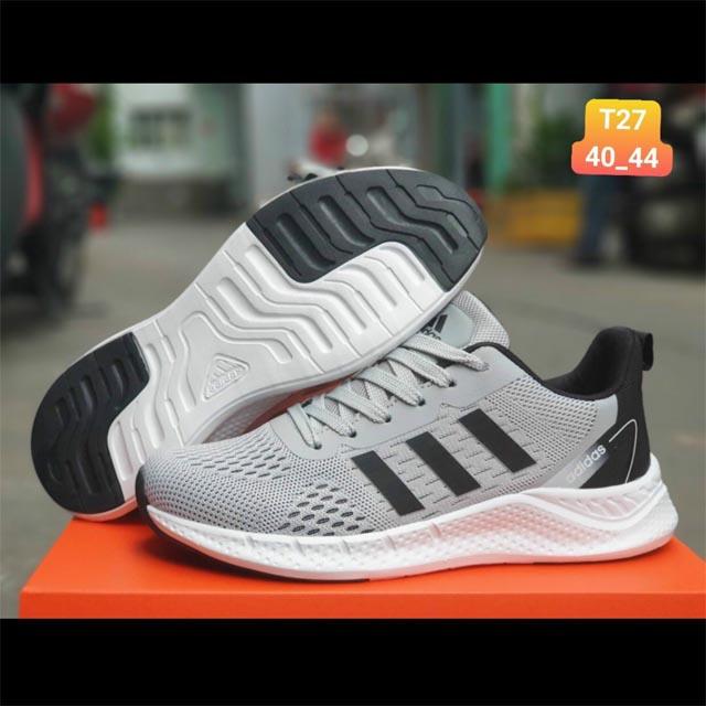 Adidas Zoom nam màu xám