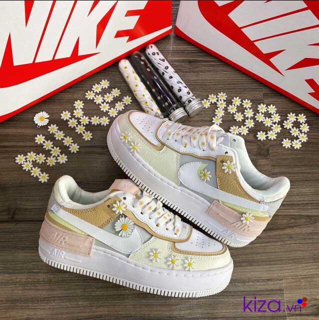 Giày nike hoa cúc nữ