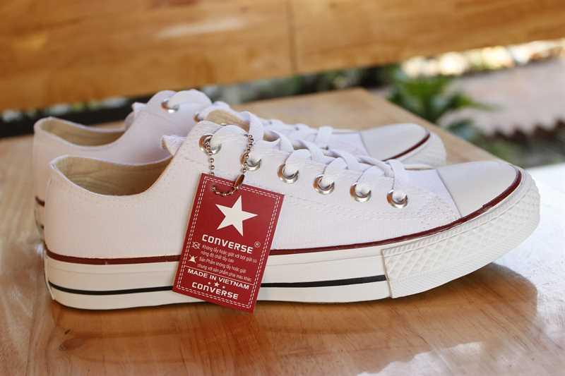 giày converse classic thấp cổ màu trắng