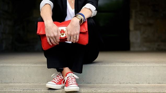 Giày converse màu đỏ cho nam