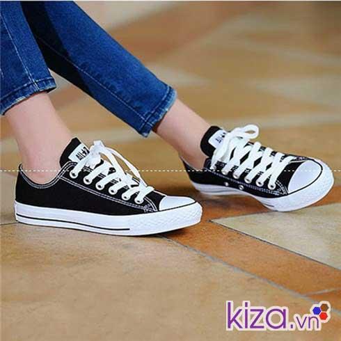 Tìm hiểu về giày converse nữ màu đen