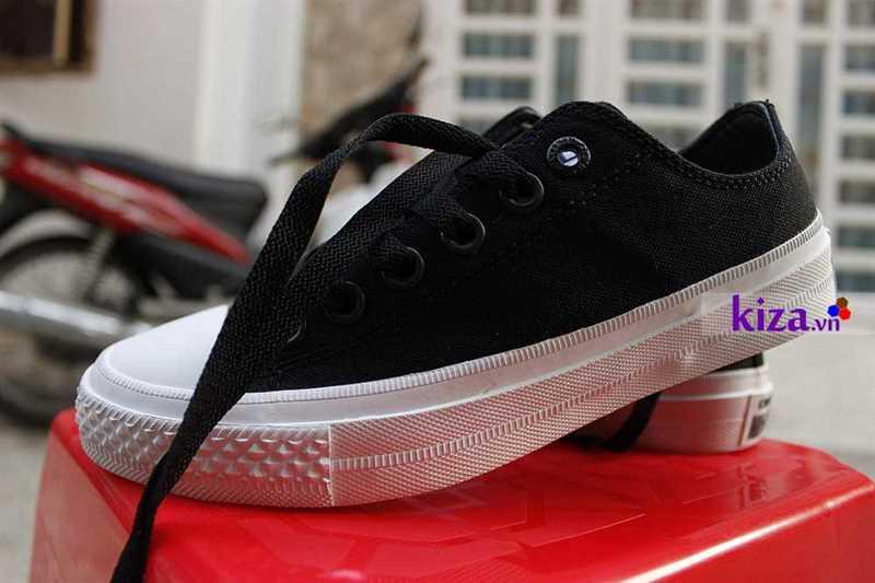 8b7910f1c26f Giày converse chuck taylor 2 màu đen cổ thấp