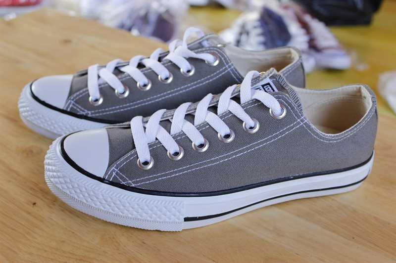 Giày Converse Classic Thấp Cổ Màu Ghi 3