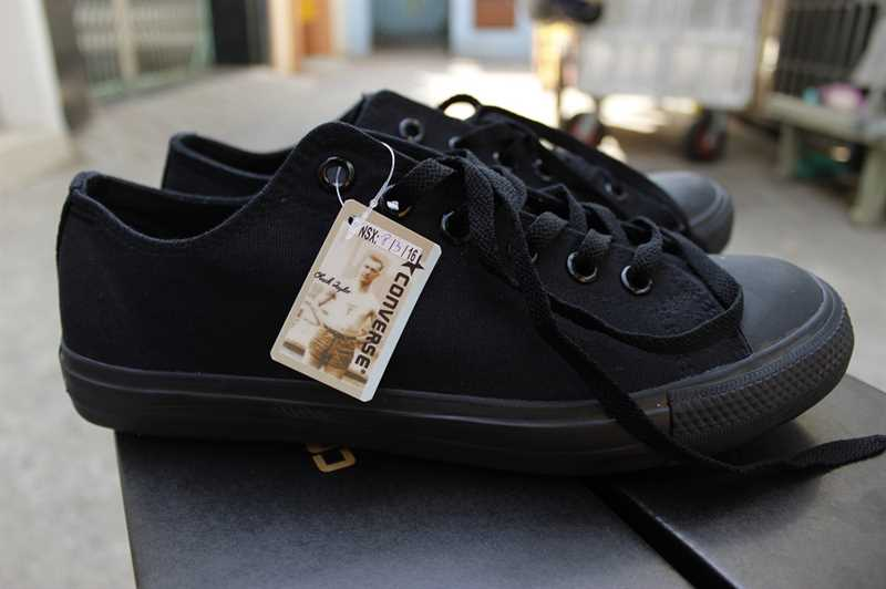 converse full black low