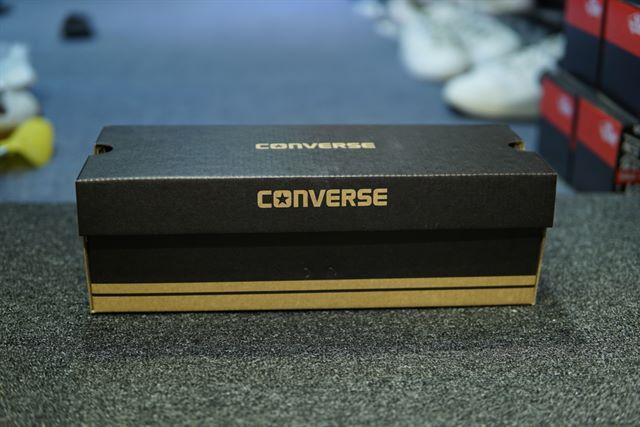 Hộp giày converse