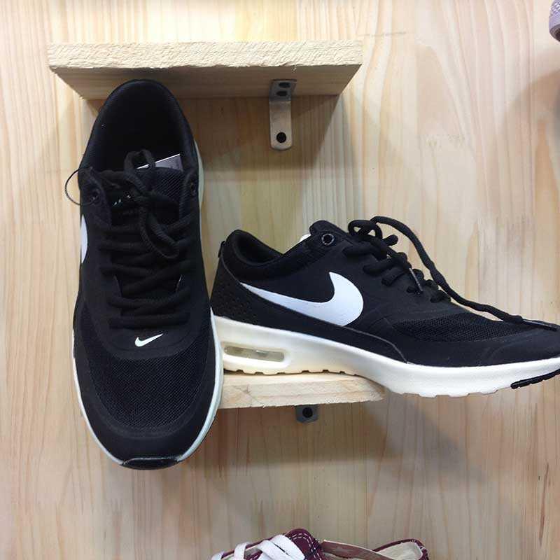 Giày Nike Air Max Thea đen trắng 04