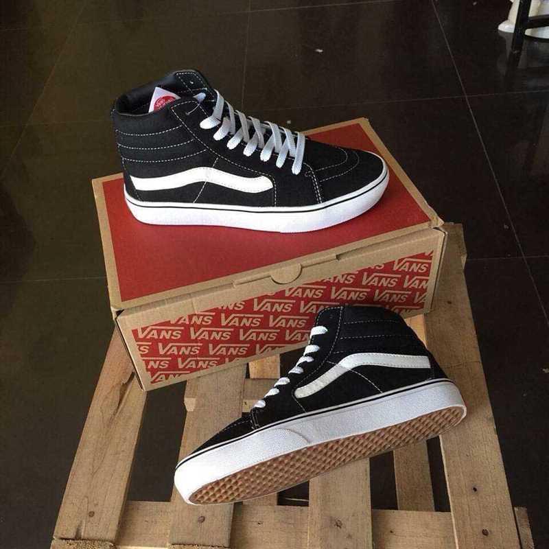 Giày Vans Old Skool phối màu đen trắng cao cổ 3