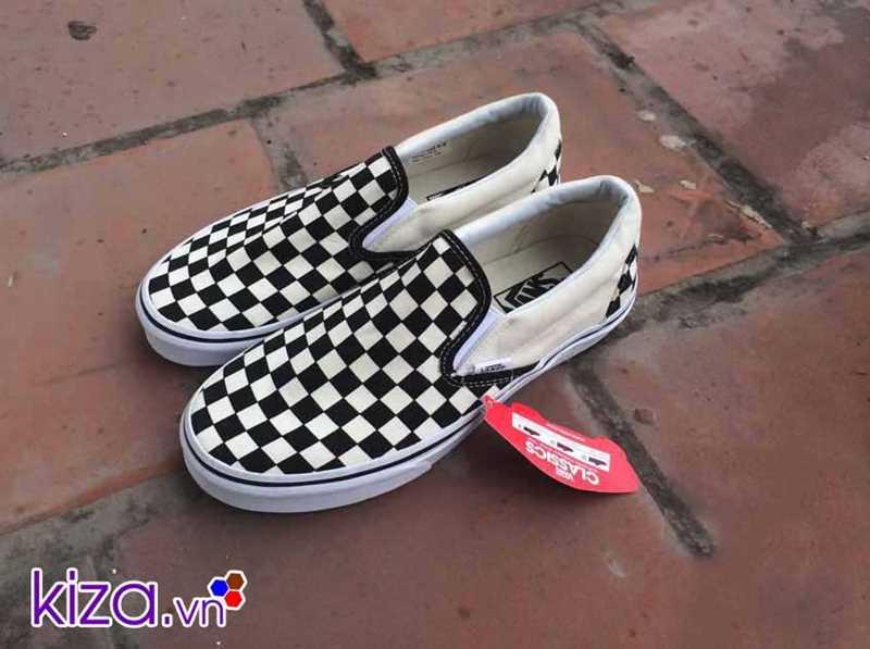 Giày Vans lười caro phối màu đen trắng 1